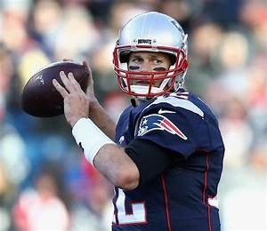 The Top 10 Quarterbacks of All Time | Men's Fitness