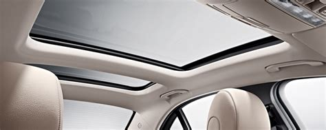 What Are Different Types Of Sun-roofs In A Car