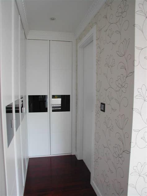 armario en esquina blanco cristal negro vettagrupo