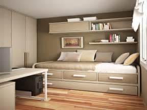 Small Green Bedroom Ideas