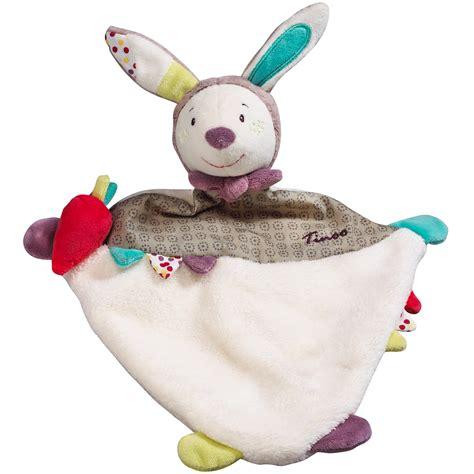 tapis pour chambre bebe tinoo doudou mouchoir de sauthon baby déco doudous aubert