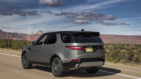 land rover discovery suv launched  india  rs