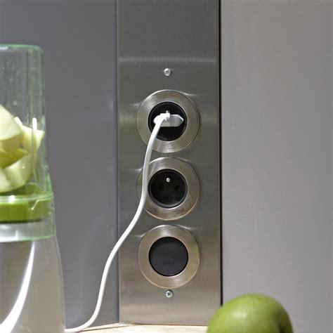 prise electrique encastrable cuisine prise electrique encastrable plan de travail cuisine voir