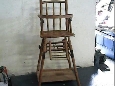 ancienne chaise haute en bois chaise haute ancienne la remise ressourcerie en