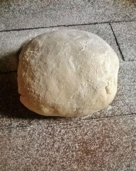 recette pate pizza epaisse recette p 226 te 224 pizza 233 paisse et moelleuse 191201