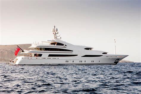 benetti  meter yacht