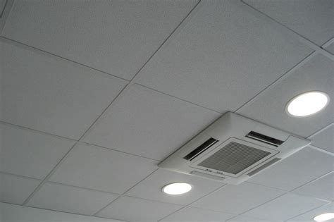 plafond suspendu leroy merlin plafond suspendu leroy merlin excellent trendy faux plafond salon moderne u fort de