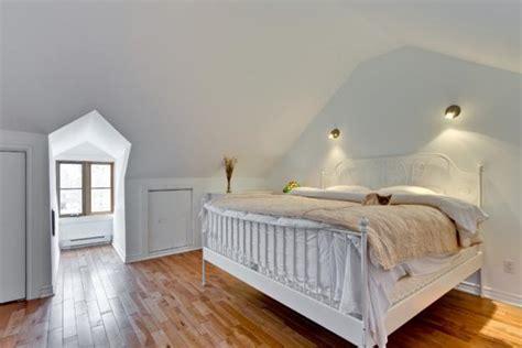 20 attic bedroom designs efficiently utilizing roof