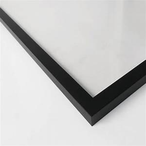 Bilderrahmen Schwarz Holz : schwarzer bilderrahmen aus holz wall ~ Frokenaadalensverden.com Haus und Dekorationen