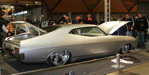 SEMA Show spotlights new products, special exhibits - Old ...