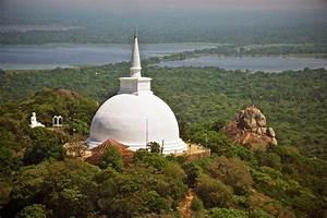 Anuradhapura Ruin Photo Shutterstock