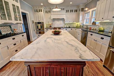 Kitchen Countertops Pictures Granite by Quartz Vs Granite Countertops Pros And Cons