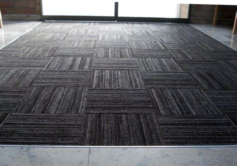 Indoor & Outdoor Rubber Floor Tile Recycled Floor Mat