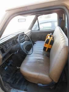 Classic 1986 Ford F150 Custom Pick Up Truck For Sale