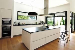 Parkett In Küche : parkett wippler spezielle l sungen rund um parkett holz ~ Markanthonyermac.com Haus und Dekorationen