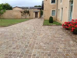Terrasse Pavée Ou Carrelage by Pav 233 S Quot Kandla Brun Quot Gr 232 S D Inde Pav 233 S All 233 Es Et