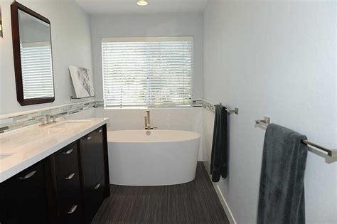 High End Bathroom Tile High End Bathrooms Luxury Master Bathroom Vanities Luxury