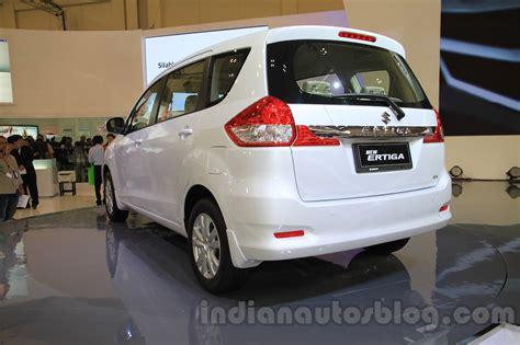 Suzuki Ertiga Photo by 2015 Suzuki Ertiga Maruti Ertiga Facelift Giias 2015