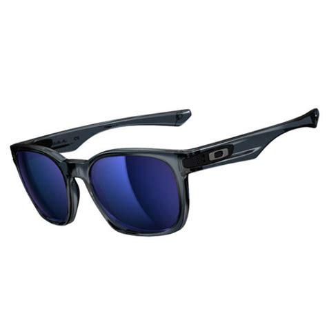 Oakley Garage Rock Crystal Black Oo917524