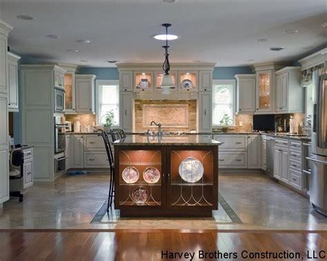 bold kitchen paint colors 6 bold trendy kitchen paint color ideas 4857
