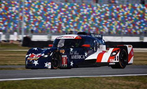 successful start deltawing suffers crash