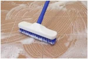 Nettoyer Terrasse Carrelage Eau De Javel : nettoyer un carrelage encrass tout pratique ~ Melissatoandfro.com Idées de Décoration