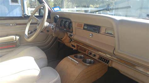 jeep grand wagoneer    auto  sale  buna