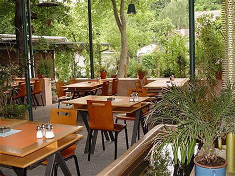 garden restaurants  prague restaurant guidecz