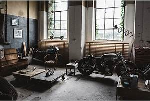 Garage Auto Poitiers : best 25 car man cave ideas on pinterest car garage man cave and man cave furniture inspiration ~ Gottalentnigeria.com Avis de Voitures