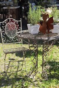 Tisch Mit Stühlen : tisch mit 2 st hlen eisen antik patiniert gartenm bel shabby landhaus vintage 18945set ~ Orissabook.com Haus und Dekorationen