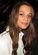 Alicia Vikander - Wikipedia