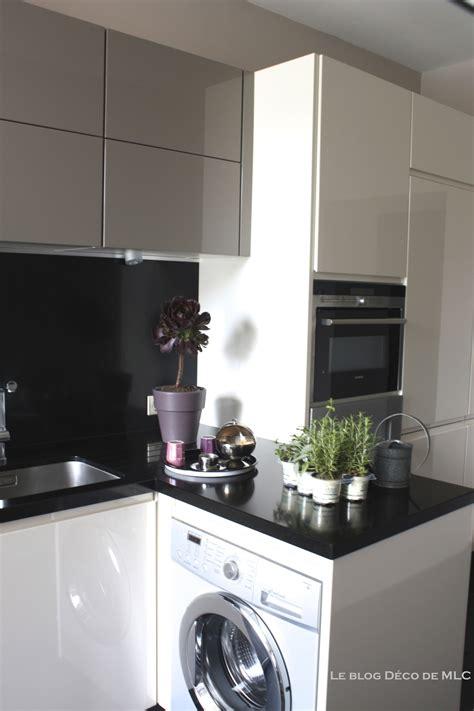cuisine moliculaire cuisine moderne et déco aux couleurs subtiles et