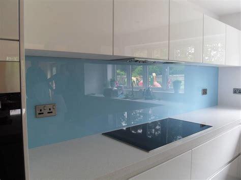 cr馘ence cuisine verre sur mesure cr 233 dence en verre sur mesure moderne cuisine other