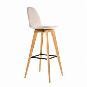 Tabouret 4 Pieds : tabouret de bar scandinave en bois et tissu puccini mobitec 4 pieds tables chaises et ~ Teatrodelosmanantiales.com Idées de Décoration