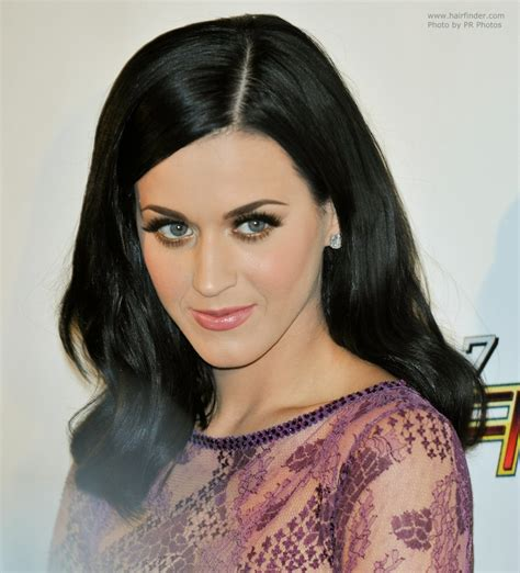 Katy Perry With Blue Black Hair That Touches Her Shoulders