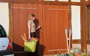 Protecson portes de garage coulissantes ouvrant a la for Porte de garage coulissante jumelé avec porte blindée bois