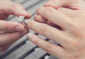 25 carat diamond ring the definitive guide to shopping With how much is a wedding ring supposed to cost