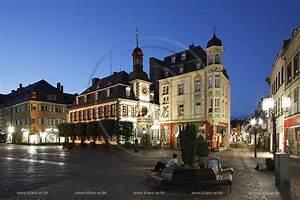 Markt De Mayen : markt und altes rathaus ~ Eleganceandgraceweddings.com Haus und Dekorationen