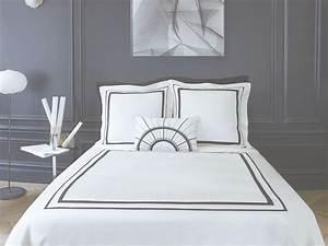 Linge De Maison Descamps : parure de lit faubourg satin de coton alb tre descamps ~ Melissatoandfro.com Idées de Décoration