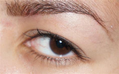eyeliner hangende oogleden