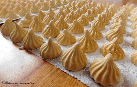 cuisine en 駲uilibre brèves de gourmandise meringues au caramel recette de