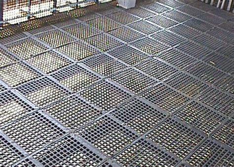 cheap wire fencing plastic flooring jsj goat farm