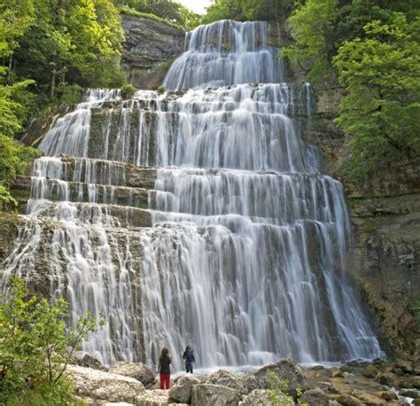 maison des cascades du herisson 233 trux en joux cascades du h 233 risson le guide vert michelin