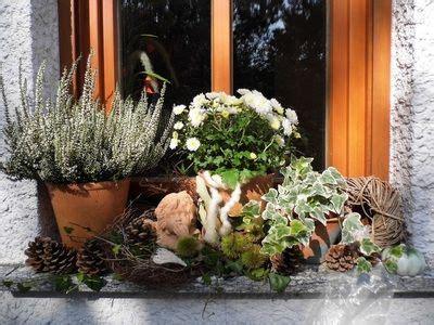 Weihnachtsdeko Für Fensterbank Aussen by Herbstdeko Auf Der Fensterbank Herbstdeko Herbst