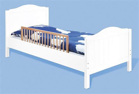 barriere de securite lit enfant barri 232 re de s 233 curite en h 234 tre massif naturel pour lit enfant pinolino