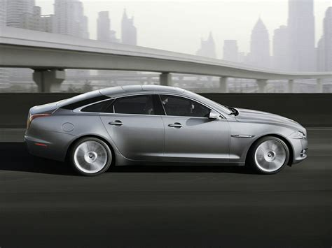 Jaguar Xj Photo by 2015 Jaguar Xj Price Photos Reviews Features