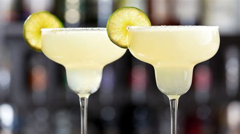 Smoky and Spicy Grilled Citrus Margaritas - TODAY.com
