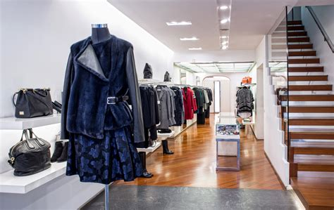 Antonella Mantovani Shops Mantovani Fashion Store Abbigliamento Scarpe E