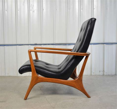 mid century modern walnut and leather lounge chair image 7