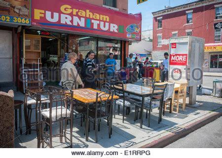 furniture store  busy graham avenue   bushwick